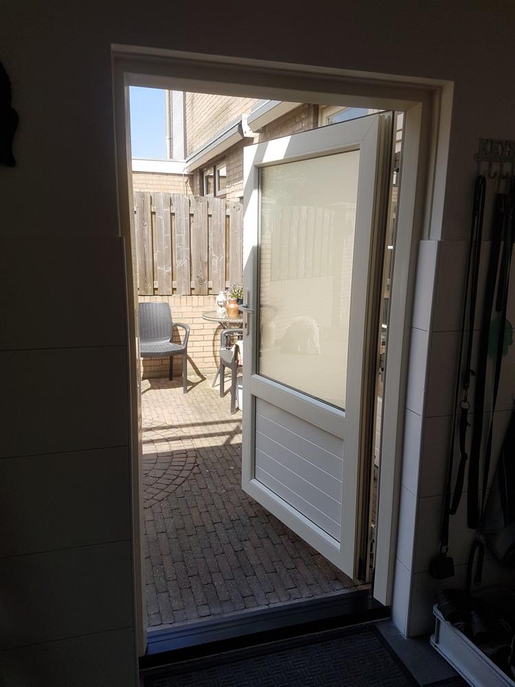 koverda kunststof achterdeur 1